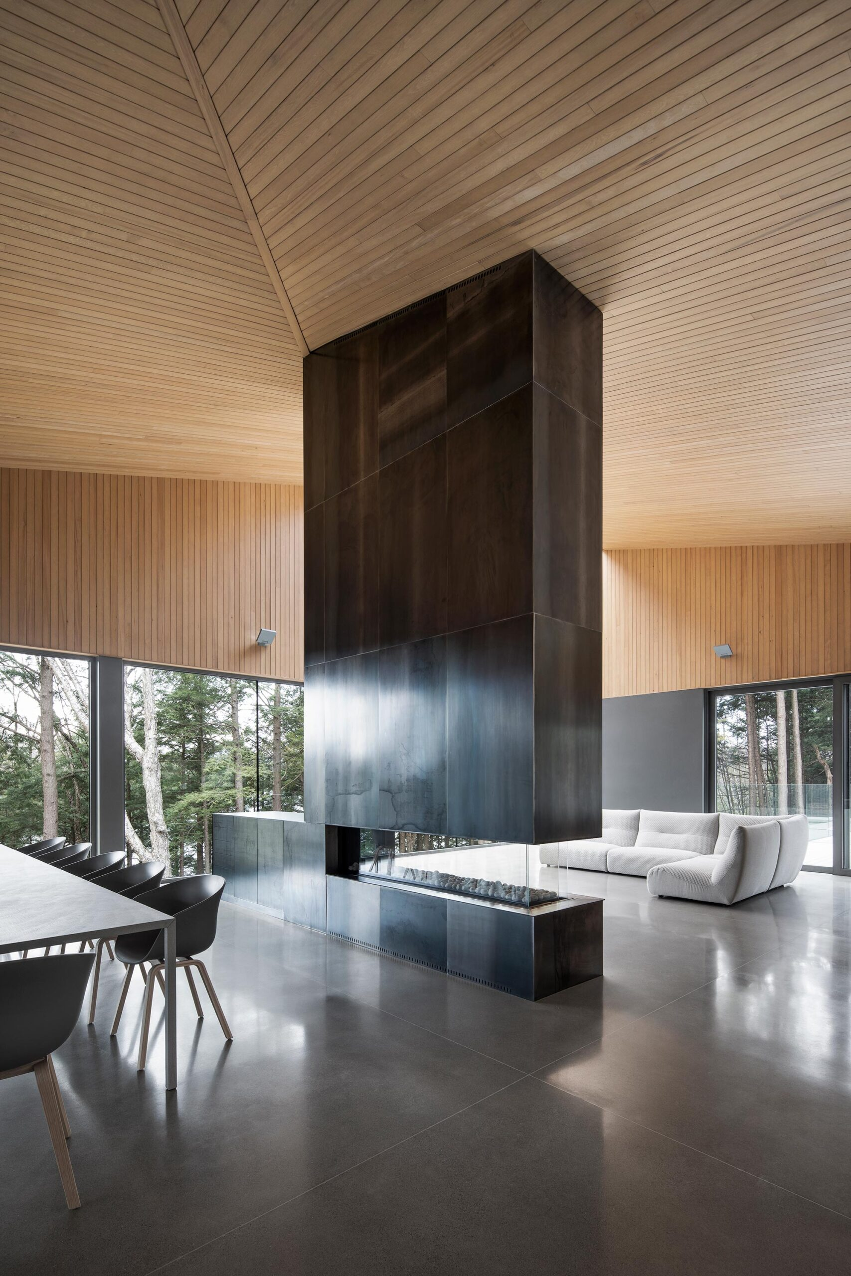Memphremagog lake house naturehumaine architecture & design